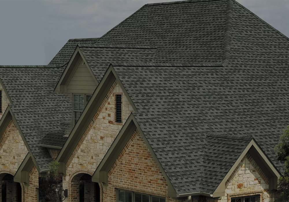 https://putnamexteriors.com/wp-content/uploads/2020/06/Shingle-Roof-Arlington-TX.jpg