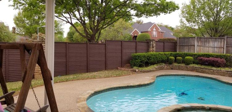 Fence along pool
